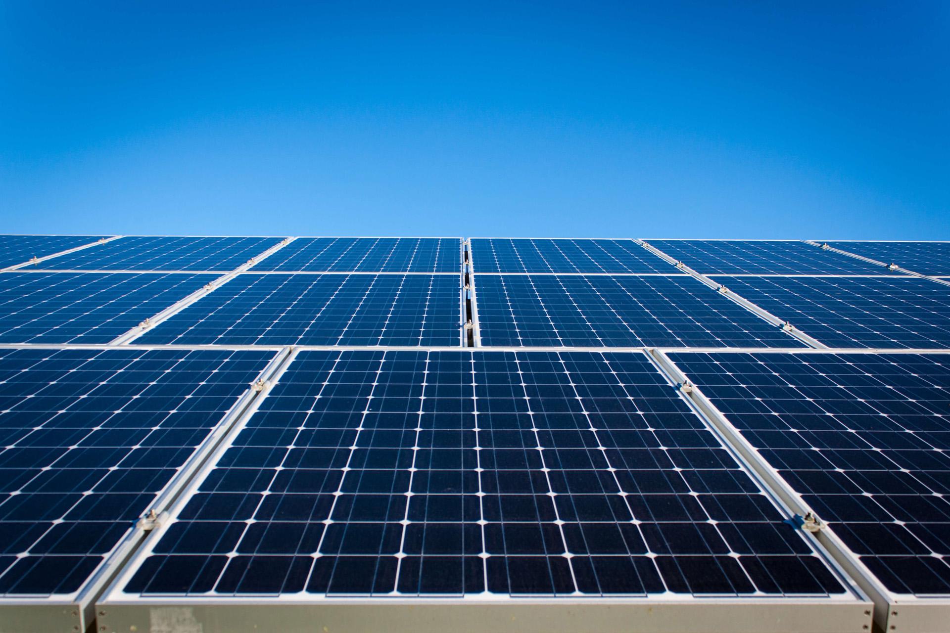 Електроенергетика и електрообзавеждане с възобновяеми източници на енергия